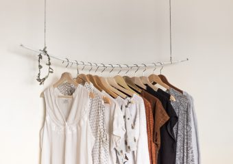 DECLUTTER (AND FOLD!) LIKE A QUEEN